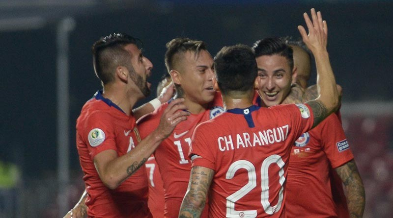 Na segunda também tem jogo, Chile goleia