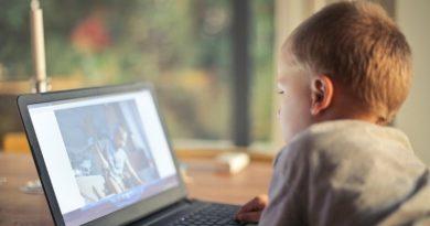 Professor da USP fala sobre os impactos da tecnologia na infância e na adolescência