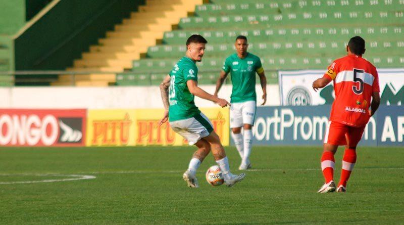 Guarani supera o CRB e vence a primeira em casa na série B