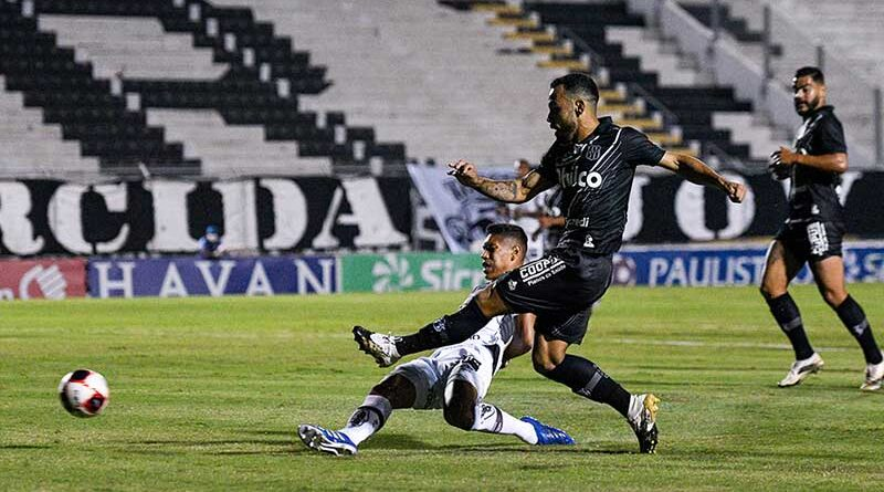 Com três gols no primeiro tempo, Ponte Preta vence o Santos no Majestoso